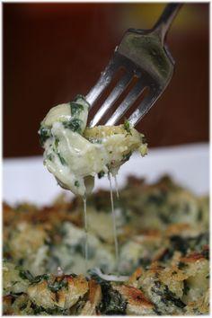 מאפה פסטה בגבינה ותרד Pasta Pie, Pasta Dishes, Cauliflower, Food Processor Recipes, Bakery, Food And Drink, Cooking Recipes, Vegetarian, Vegetables
