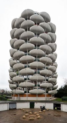 les choux de créteil  architect: gérard grandval  creteil, france