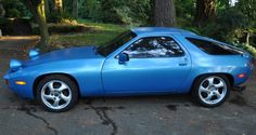 Porsche 928...I wanted one of these sooo bad as a kid! LOL