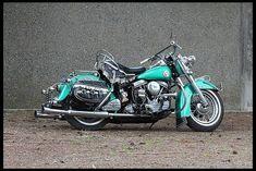 Triumph Motorcycles, Vintage Motorcycles, Custom Motorcycles, Custom Baggers, Classic Harley Davidson, Vintage Harley Davidson, Harley Davidson Motorcycles, Motorcycle Art, Motorcycle Quotes