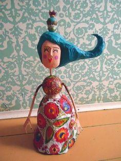 Paper Mache Mix, Paper Mache Crafts, Paper Dolls, Art Dolls, Pottery Angels, Textile Sculpture, Guys And Dolls, Paper Ornaments, Cute Clay