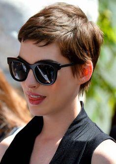 Anne Hathaway wearing Sexxxymatte17