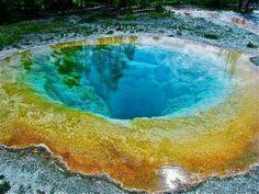 Morning glory pool, Wyoming