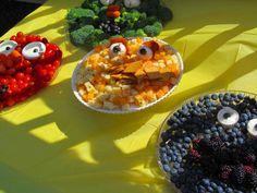 Big Bird Fruit Tray | Big Bird, Elmo, Cookie Monster, and Oscar the Grouch also made an ...