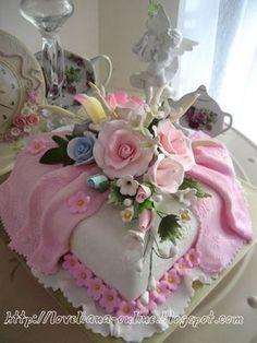 www.loveliana-online.blogspot.com: Birthday cake