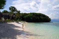 Beach and bungalows on Gili Nanggu, Lombok
