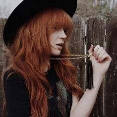 My new favorite trend, Mine is from and I seriously haven't taken it off. Am I the only one obsessed with fringe everything ? Fringe Hairstyles, Pretty Hairstyles, Danielle Perry, Witchy Hair, Danielle Victoria, Ginger Girls, Famous Girls, Ginger Hair, Hair Inspo