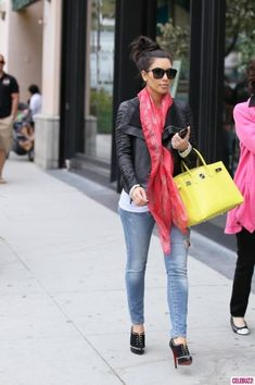 Celebrities and their Alexander McQueen scarves!!! -