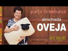 Oveja almohada tejida en dos agujas en PUNTO FRAMBUESA - Tejiendo Perú - YouTube