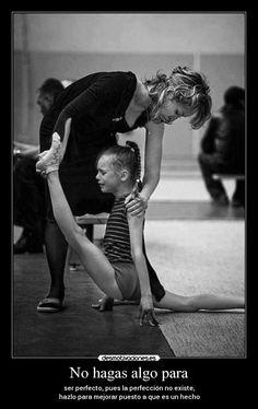 carteles fuerza bailar ballet guapa hermosa blanco negro rodilla spagart guapas bailaremos desmotivaciones