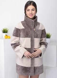 Материал — мех, длина — 76-80 см, по цене 23900 руб. и бонус 1200 рублей! Зимнее, стойка.