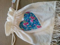 Vintage White chenille beach bag with love heart from vintage cotton