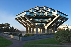 Geisel Library | William Pereira | Photo: Katherine York | Archinect,http://www.shentop.net