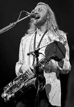 John Helliwell (February 15, 1945) British saxophone and clarinetplayer, o.a. known from the band Supertramp.