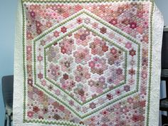 Australian Quilt Study Groups: Report on the April 24th 2010 Hexie Madness event