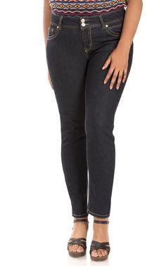 2b7d24e5a95 Amazon.com  WallFlower Women s Plus Size Luscious Curvy Stretch Skinny  Denim Jeans  Clothing