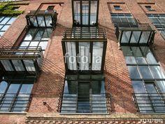 Altes Lagerhaus am Binnenhafen in Münster in Westfalen mit neuen Balkons mit…