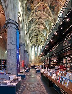 Boekhandel Selexyz Dominicaen, Maastricht, The Netherlands// | Architectural Digest