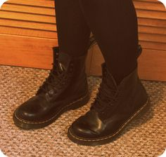 dr martens 90s style