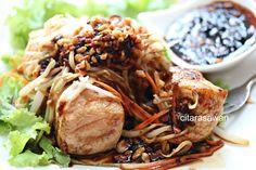 tauhu bakar Tofu Dishes, Side Dishes, Light Snacks, Japchae, Macaroni, Mango, Lemon, Cooking Recipes, Beef