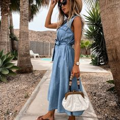 Up to 70% Off Free Worldwide Shipping Easy returns  #Likee #likeforlike #comment #Subscribetomychannel #follobackforfolloback #OOTD #Mention #RETWEEET #ReShare #like #blogging  Fashion Colours, Blue Fashion, Denim Fashion, Casual Dresses, Girls Dresses, Denim Midi Dress, Colored Denim, Baby Dress, Blogging