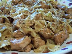 dutch oven recipe  herbed chicken and pasta- I love any excuse to break out the dutch oven :)