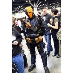 Aaron Harrison, who made the Deathstroke outfit for Arrow made his own version.