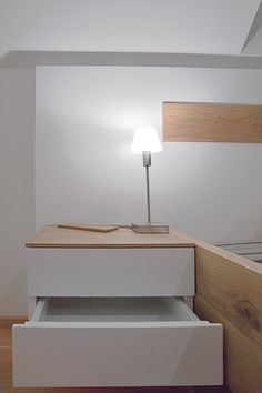 Schlafzimmer | Holz | Nachttisch | Detail | KOITKA
