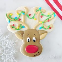 christmas cookies royal icing Weihnachtspltzchen Rudolph the red nosed reindeer cookie decorated with royal icing Christmas Deserts, Christmas Party Food, Christmas Baking, Christmas Treats, Christmas Stuff, Christmas Recipes, Holiday Fun, Christmas Decorations, Royal Frosting