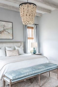 coastal bedrooms Sharing is luxurious master bedroom designs to inspire ideas for your own bedroom retreat at home. Master bedroom refresh plans are HA Coastal Master Bedroom, Coastal Bedrooms, Master Bedroom Design, Luxurious Bedrooms, Master Suite, Bedroom Designs, Small Bedrooms, Master Bedroom Chandelier, Narrow Bedroom