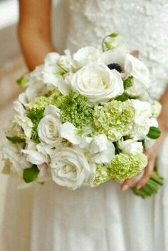 white and green wedding flowers bridal flowers - Page 8 of 100 - Wedding Flowers & Bouquet Ideas All White Wedding, White Wedding Bouquets, Bride Bouquets, Green Wedding, Floral Wedding, Wedding Colors, Trendy Wedding, Timeless Wedding, Green And White Wedding Flowers