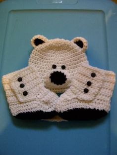 Very cute polar bear baby set found on Craftsy Corazones De Ganchillo 5073aed4d18