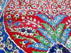 GalataBazaar: Turkish tile and Iznik designs 4 piece goods amount of plum tree Red Islamic Patterns, Plum Tree, Turkish Tiles, Global Market, Tile Art, Red, Design, Design Comics, Art Tiles