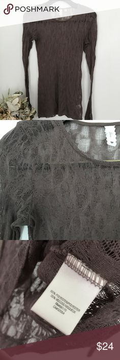 Last chance Anthropologie Eloise sheer lace top Smoke and pet free home. Bundle discount 20% XS/S Anthropologie Tops