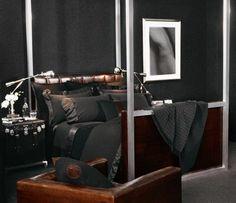 Bedroom modern masculine ralph lauren ideas for 2020 Bedroom Color Schemes, Bedroom Colors, Trendy Bedroom, Modern Bedroom, Bachelor Bedroom, Teal Bedding, Masculine Interior, Home Modern, Rental Decorating