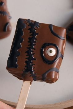 creepy book pops. Would be great for Harry potter, Lord of the Rings, and childrens' books among others
