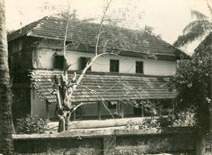As a part of the life history series, Vijayan visited MGR's 200-year-old Tharavadu (ancestral house) in Vadavannur, near Palakkad in Kerala. It is called 'Maruthur House'. A relative now lives in the rebuilt house.