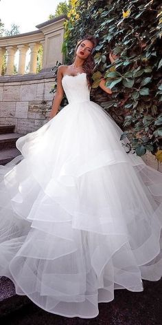 Choosing a Color for Your Wedding Dress vintagewedding  bride  photography   weddingalbums   88852a8e08