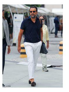 Modern Mens Fashion, Timeless Fashion, Stylish Men, Men Casual, Polo Shirt Outfits, Herren Outfit, Dapper Men, Preppy Style, Jeans Style