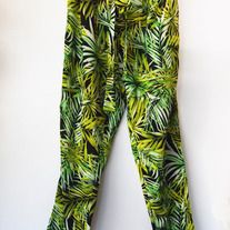 SOLD OUT on F21s website!  I absolutely adore these pants, they remind me of gorgeous summer weather. Forever 21 brand Palm Tree harem style pants with waist tie. Looks amazing with a white tank or crop top! Only tried on once, because I needed a different size!!! I removed the tags before I t...