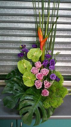Floral arrangement with Anthuriums