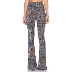 Show Me Your Mumu Bam Bam Bells Pant Pants (865 VEF) ❤ liked on Polyvore featuring pants, white pants, stretch waist pants, elastic waistband pants, white trousers and elastic waist pants