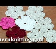 [Video Tutorial] How To Make A Flat Crochet Flower With 5 Petals
