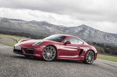 Porsche Cayman GTS on Ascari