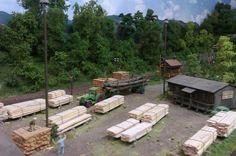 Neustadt am Wald   Holz!!