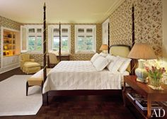Traditional Bedroom by Betty Garber & Richard Farnell in Singapore