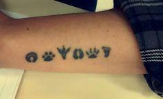 Veterinária vet tattoo tatuagem patinhas patas pegadas amor animais pé humano