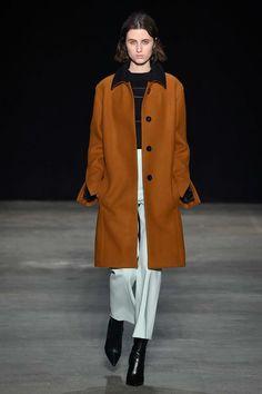 Narciso Rodriguez Fall 2017 Ready-to-Wear Fashion Show - Leila Zandonai