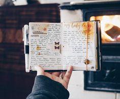 Cozying up ~ . . . . . . . . . . . . . #midoritravelersnotebook#travelersfactory#travelerscompany#loveforanalogue#thedailywriting