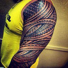 Polynesische Tattoos – Part 01 - Samoan Mike 003 - Tribal Arm Tattoos, Filipino Tribal Tattoos, Samoan Tribal, Bild Tattoos, Hot Tattoos, Tattoos For Guys, Sleeve Tattoos, Tattoo On, Samoan Tattoo